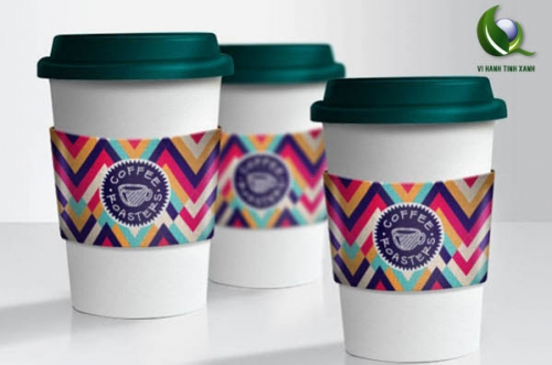 Eco-Friendly-Free-PSD-Paper-Coffee-Cup-Mockups.jpg